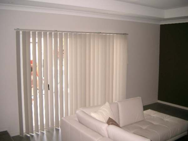 vertical blinds in living rooms